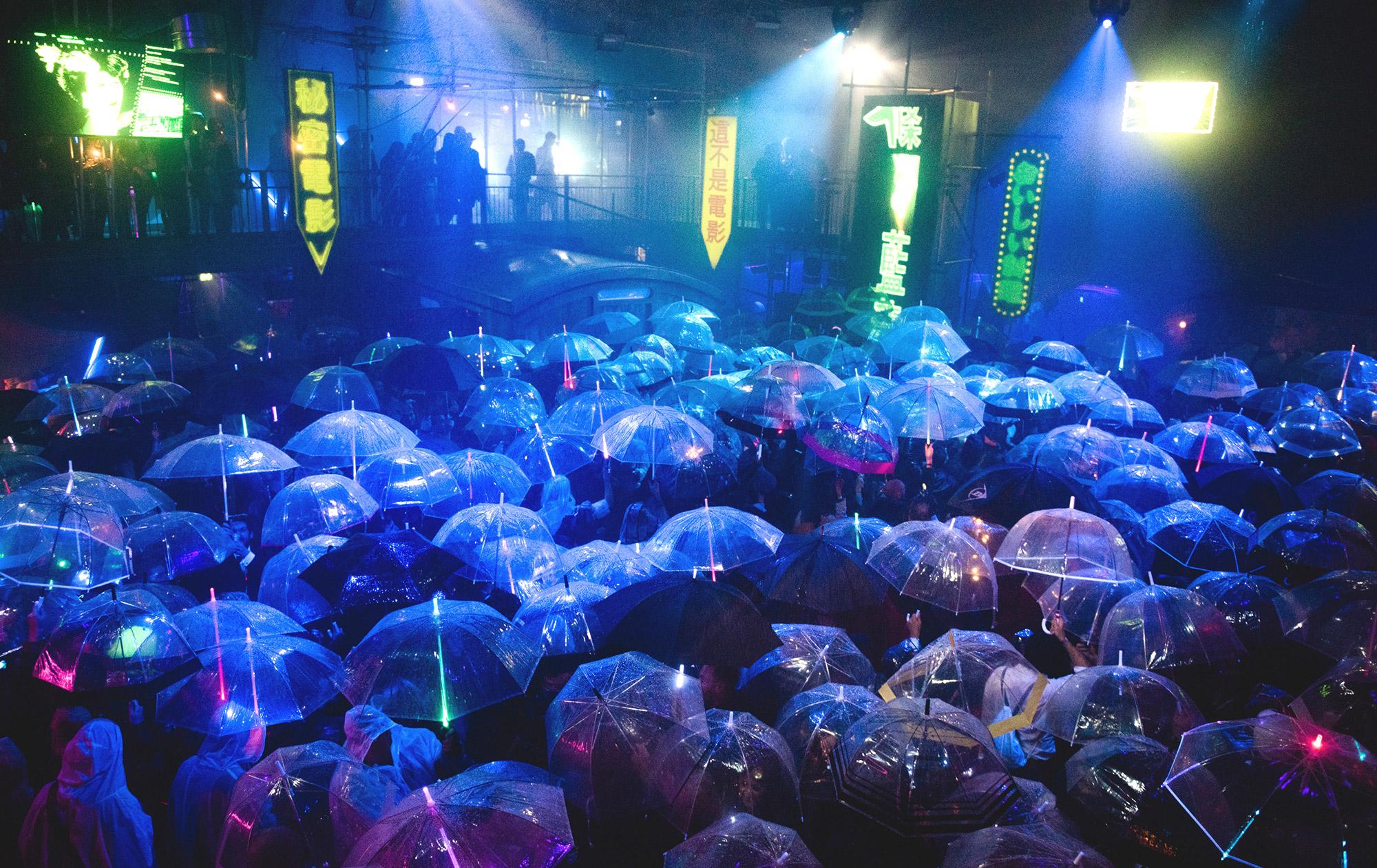 RAIN Show_Image_Template12
